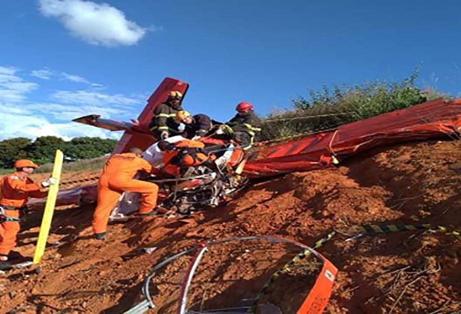 Queda de avião em Guapé mobiliza equipes de Bombeiros